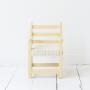 Stoeltje VII. Licht geel frame met gestoffeerde zitting met subtiel patroon. €89,95